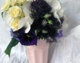 bidermajer-sa-hortenzijama-i-lizijantusima