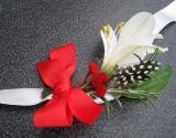cvetici-za-kicenje-svatova-sa-prirodnim-belim-cvecem