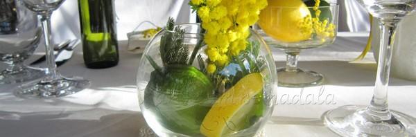 dekoracija vencanja cvetni aranzman detalj sa mimozom