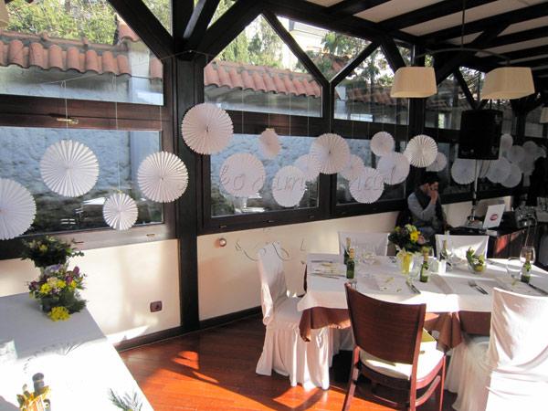 dekoracija vencanja restoran 27 papirni ukrasi
