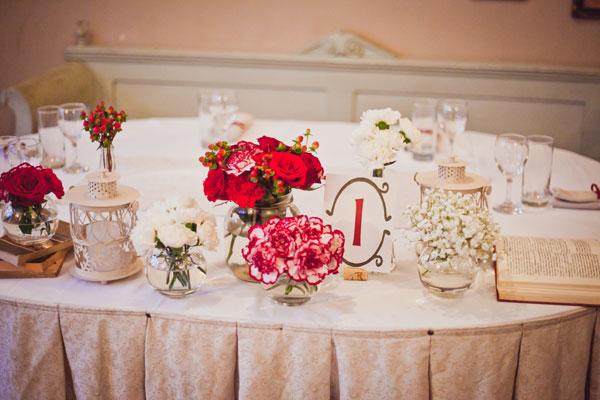 dekoracija-stola-za-mladence