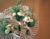 cvetici-za-kicenje-sa-ruzmarinom